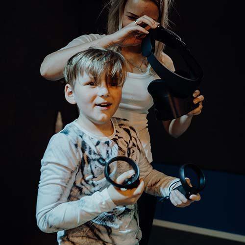 Vaiku-gimtadiniai-VR-pramoga